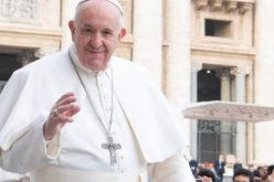 Папата до Ирачаните: Се молам за вас