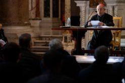 Папата Фрањо: Свештеникот не смее да се изолира, треба да живее со народот