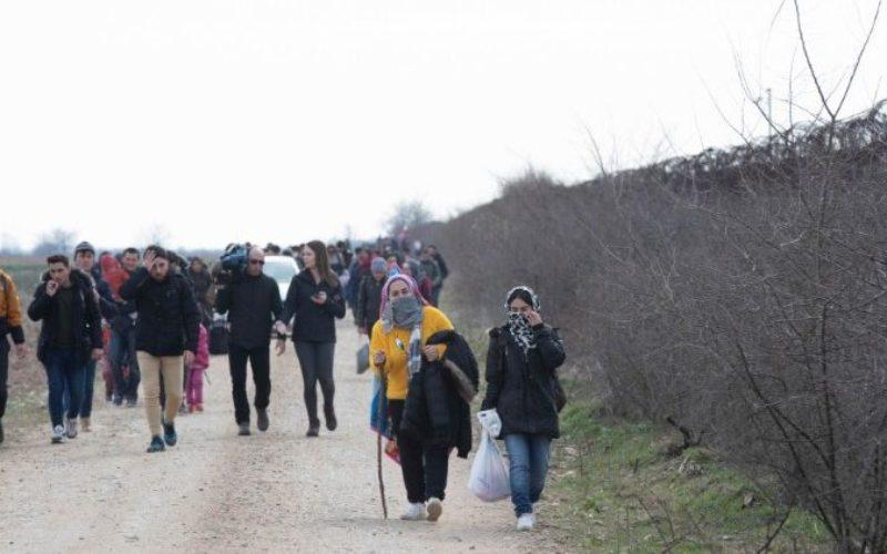 Папата бара да се молиме за мигрантите кои бегаат од војната