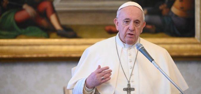 Папата: Во искушението не сме сами; да се довериме на Христос