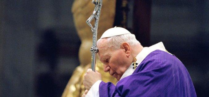 Кардинал Комастри: Иван Павле II својот крст го претвори во љубов