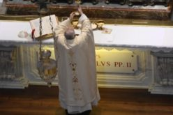 Папата: Иван Павле II – човек на молитва, близина, праведност и милосрдие