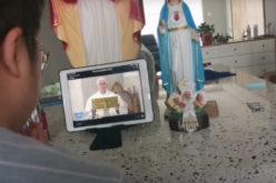 Од целиот свет доаѓа благодарност за директниот пренос на утринските Литургии на Папата
