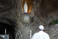 Папата повторно го повикува целиот свет на молитва за жртвите од коронавирусот