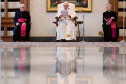 Папата за протестите и нередите во САД