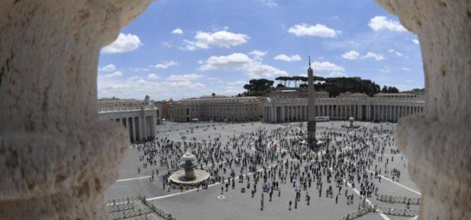 Папа: Срцето Исусово е извор на милосрдие, прошка и нежност
