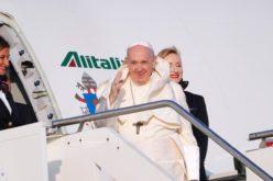 Папата не планира оваа година да патува во странство