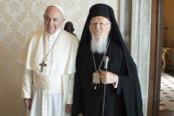 Папата Фрањо: Посетата на гробовите на светите Петар и Павле нека ја зајакне верата на поклониците