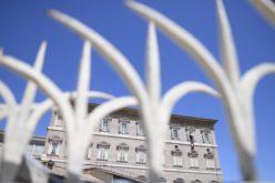 Папата упати апел за глобален прекин на вооружените судири
