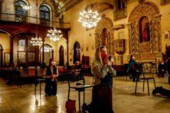 Во Бразил како последица од коронавирусот починале 21 свештеник и двајца епископи