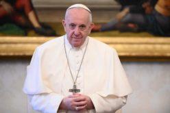 Твитер порака на Папата: Трговијата со луѓе е отворена рана на човештвото