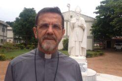 """Папата Фрањо продолжува со своите традиционални """"повици за изненадување"""" – овој пат се јавил на епископот во Мозамбик"""