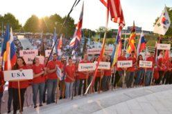 Папата до младите во Меѓугорје: Единствено Христос ја дава полната смисла на животот