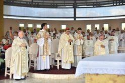 Кардинал Пуљиќ служеше света Литургија на Младифест во Меѓугорје