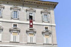 Папата упати апел за Либан, кој многу страда