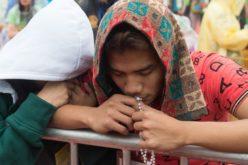 Филипинската Црква започнува национална молитвена кампања против коронавирусот: Секој ден една десетка од Бројаницата