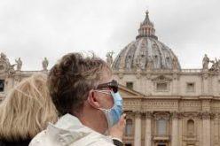 Папата Фрањо: Да не ги заборавиме жртвите од коронавирусот