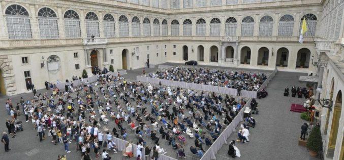 Генерална аудиенција: Солидарноста е патот за излез од кризата