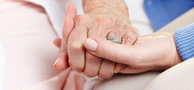 Папа Фрањо: Болниот е многу повеќе од клинички протокол