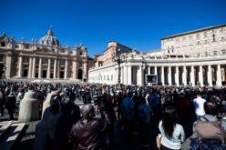 Папата Фрањо: Да молиме за мир во Либија