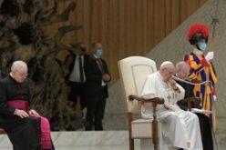 Генерална аудиенција: Секогаш кога молиме и Исус моли со нас