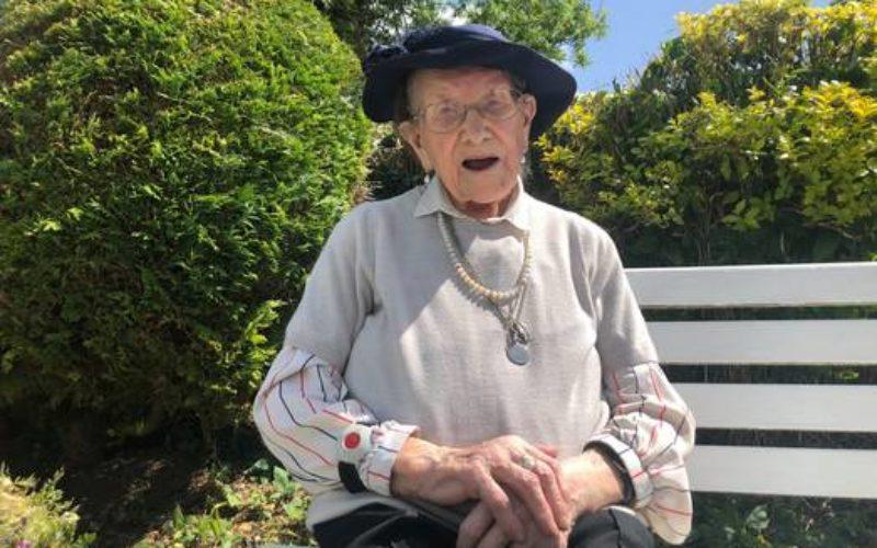 Прочитајте го писмото на 107 годишната жена од Ирска за борбата против стресот од Ковид-19
