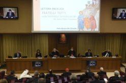 Кардинал Паролин: Заедничкото делување и дијалог за свет без војна