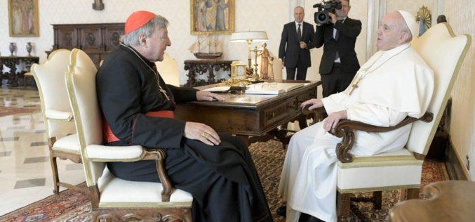 Папата се сретна со кардинал Пел