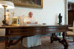 Папата за климатската криза: Треба да се ангажираме пред да биде премногу доцна