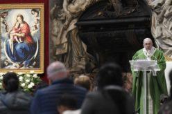 Папата Фрањо: Сиромашните ни гарантираат вечни приходи