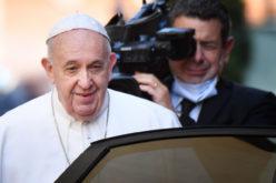 Твитер порака на папата Фрањо
