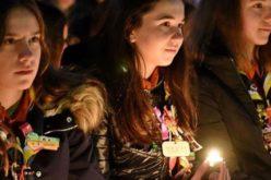 Запалено Витлеемското светло на мирот