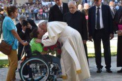 Порака на Папата по повод Светскиот ден на лицата со попреченост