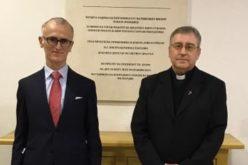 Бискупот Стојанов го прими новиот амбасадор на Италија во Македонија