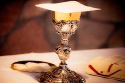 Свештениците ќе можат да служат повеќе свети Литургии