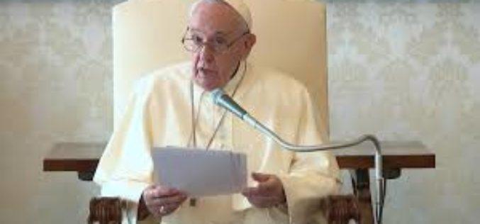 Папата ја изрази својата блискост со жртвите од земјотресот во Хрватска