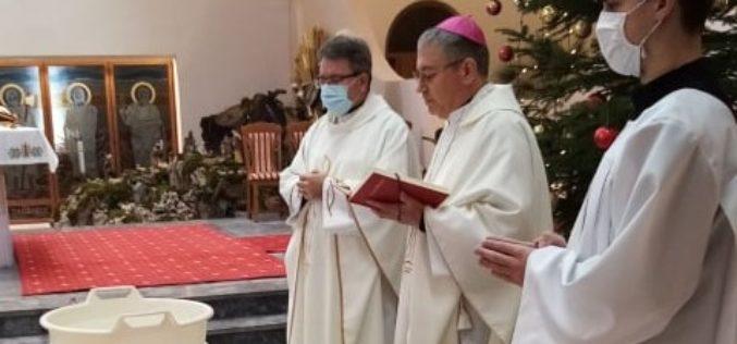 На Богојавление бискупот Стојанов служеше во Скопската катедрала