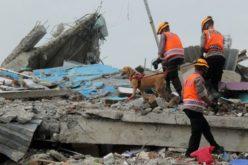 Папата се моли за жртвите од земјотресот и авионската несреќа во Индонезија