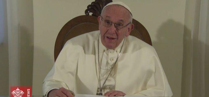 Видео порака на папата до свештениците во Венецуела