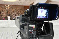 Папа до новинарите: Промовирајте дијалог и искрена комуникација