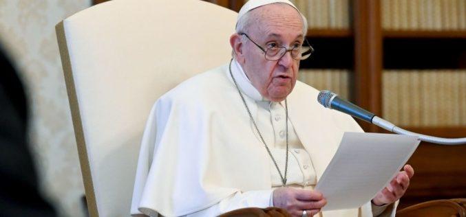 Генерална аудиенција: Христијанство без Литургија е христијанство без Христос