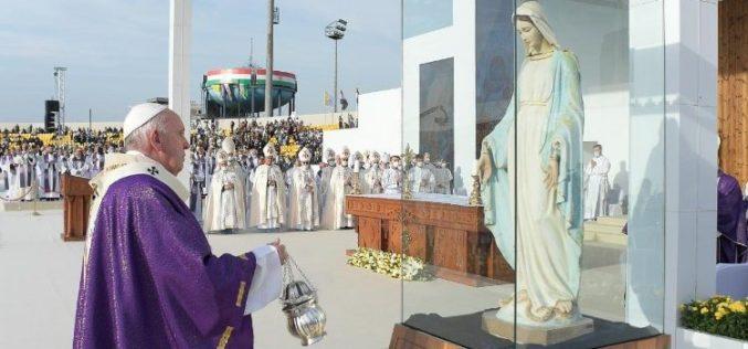 Папата во Ербил: На сите ни треба Божјата моќ и мудрост