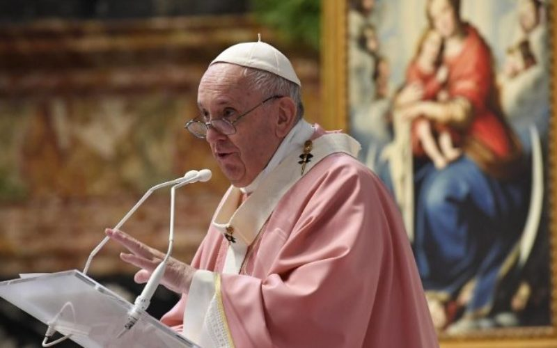 Папата: Црквата не е повикана да осудува, туку да го донесува Христос