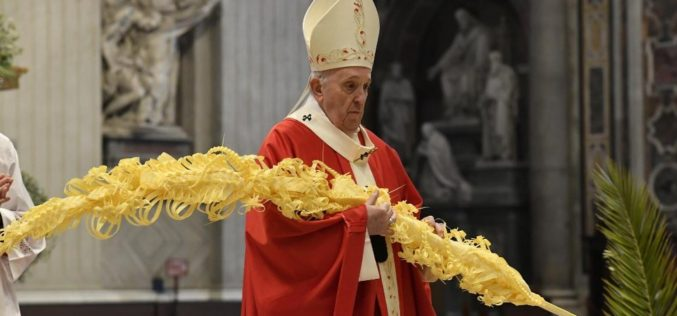 Папата во Неделата на маката Господова: Да молиме за благодата на чудењето