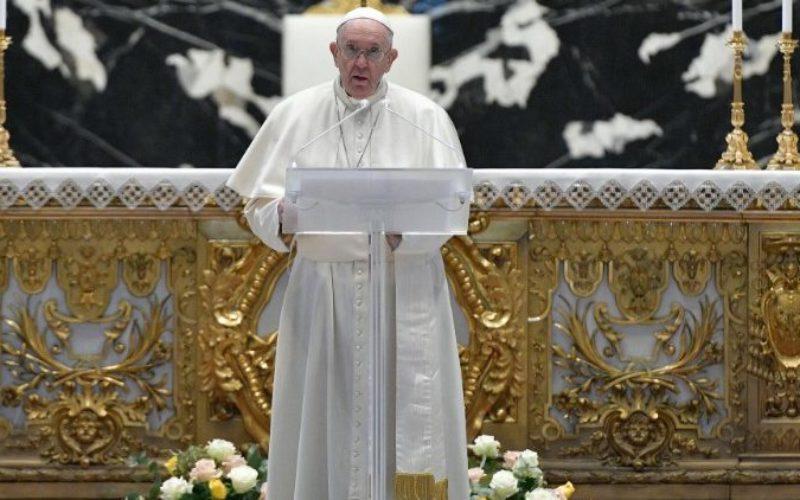 Порака на папата Фрањо Урби ет Орби – Градот и светот