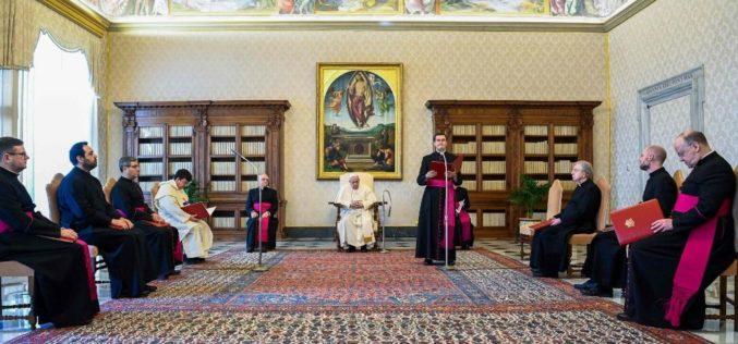 """Папа Фрањо: Првиот прогласен светец е """"добриот разбојник"""""""