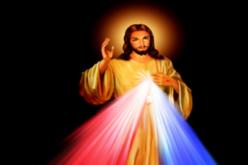 Папата Фрањо потсети на празникот на Божјото милосрдие