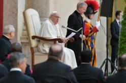 Папата потести на атентатот врз свети Иван Павле II и молитвата Света Бројаница