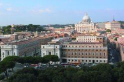 Папата ќе ги посети L´Osservatore Romano и Радио Ватикан