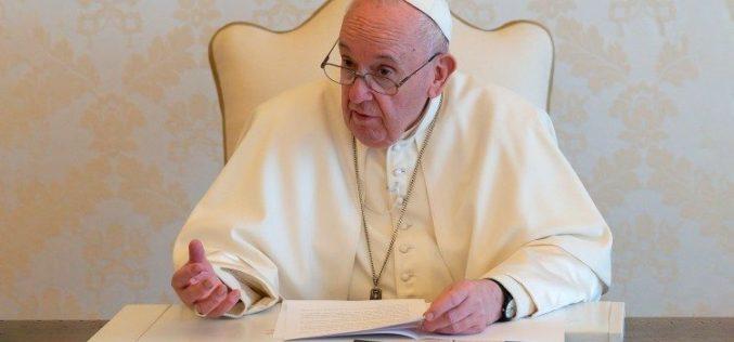 Папата Фрањо: Поделбите нѐ не спречуваат да бидеме браќа